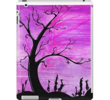 Creepy ature iPad Case/Skin