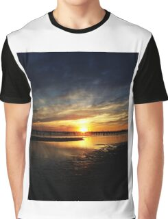 Time to Travel Graphic T-Shirt