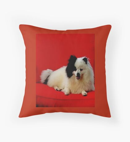 Mom's babys Throw Pillow