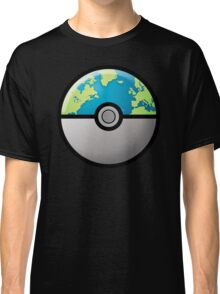 Earth ball Classic T-Shirt