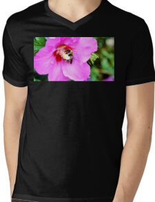 Bumble Bee Pollinating Pink Flower Mens V-Neck T-Shirt