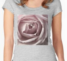 Delicate Rose Women's Fitted Scoop T-Shirt