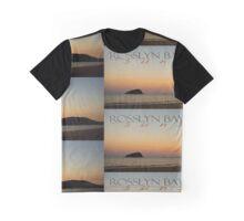 Rosslyn Bay Sunset © Vicki Ferrari Graphic T-Shirt