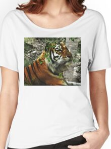 Inquisitive Tiger Portrait Photography Women's Relaxed Fit T-Shirt