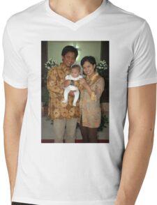 family portrait Mens V-Neck T-Shirt