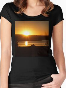 *Sunrise Over the Tamar River Women's Fitted Scoop T-Shirt