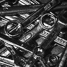 Tool Orgy - Monochrome (iPhone wallet) by Matti Ollikainen