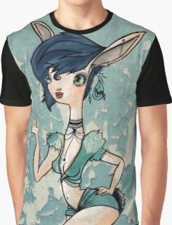 Deer Bombshell Graphic T-Shirt