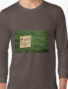 airport sign Long Sleeve T-Shirt