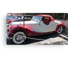 RED & WHITE CLASSIC CAR Canvas Print