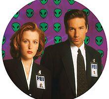 Aliens, Scully, Aliens. by ekheart