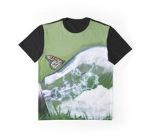 Light Bulb Butterfly Graphic T-Shirt