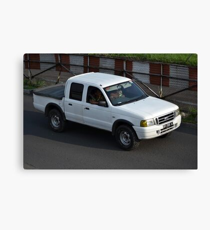 white colored ford everest Canvas Print