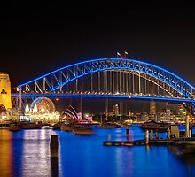Vivid Sydney from Lavender Bay by Erik Schlogl