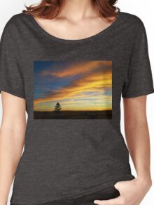 Lone Tree at Sunset Women's Relaxed Fit T-Shirt