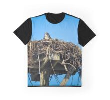 Pandion Haliaetus - Eye Contact With Osprey Mama In Her Nest | Hampton Bays, New York Graphic T-Shirt