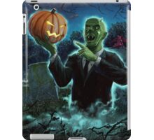 Halloween Ghoul rising from Grave with pumpkin iPad Case/Skin