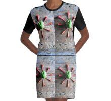 Green Star . Graphic T-Shirt Dress