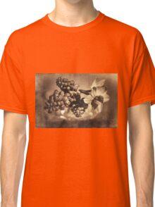 Muscari & Daffodils Classic T-Shirt