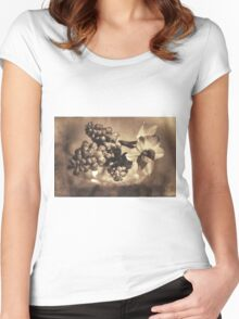 Muscari & Daffodils Women's Fitted Scoop T-Shirt