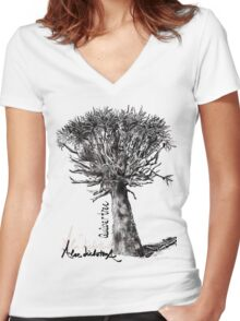 Quiver Tree Women's Fitted V-Neck T-Shirt