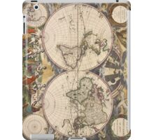 Vintage Map of The World (1672) iPad Case/Skin