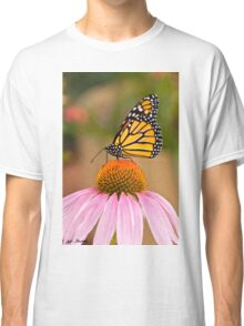 Viceroy Butterfly on a Purple Coneflower Classic T-Shirt