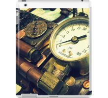 Steampunk Gauntlet 1.1 iPad Case/Skin
