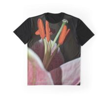Close up Lily Graphic T-Shirt