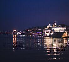 Stockholm at Night by egranitz