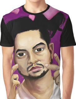 Esta Graphic T-Shirt