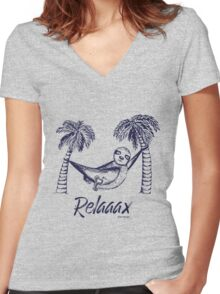 Sloth Relax Women's Fitted V-Neck T-Shirt