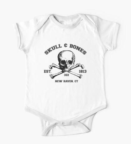 Skull and Bones T-Shirt One Piece - Short Sleeve