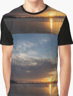 Brilliant Toronto Skyline Sunrise Over Lake Ontario Graphic T-Shirt