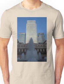 Shaded Fountain, Canary Wharf, London Unisex T-Shirt