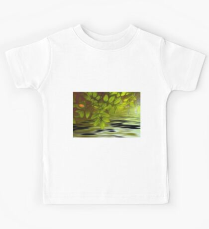 Green leaves background in summer with shallow depth of field Kids Tee