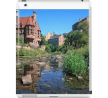 Long Exposure of The Water of Leith with Well Court (Left) & Dean Village (Right) iPad Case/Skin