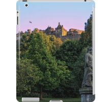 The Genius of Architecture Statue below Edinburgh Castle iPad Case/Skin