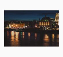 London Night Magic - Colorful Reflections on the Thames River Kids Tee