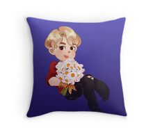 Flowerboys Sonyeondan - Eatjin Throw Pillow