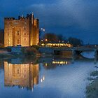bunratty castle at night by upthebanner