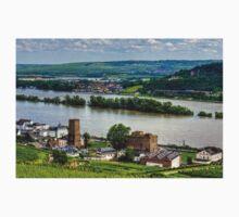 Boosenburg and Brömserburg Castles Kids Tee