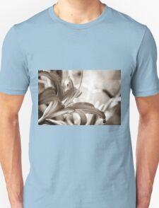 LILIE Unisex T-Shirt