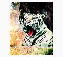 Tiger Yawning Women's Fitted Scoop T-Shirt