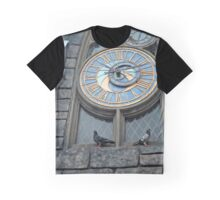 Hogsmeade Clock and Pigeons  Graphic T-Shirt