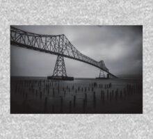 The Astoria–Megler Bridge, Astoria, Oregon.  In Black and White Kids Tee