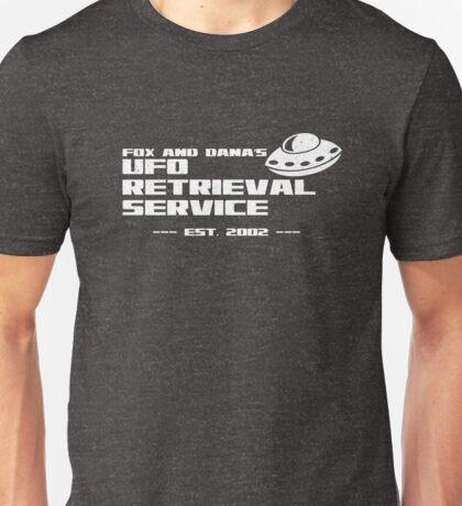 Fox and Dana's UFO Retrieval Service Unisex T-Shirt
