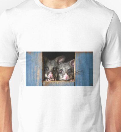 """""""Poppy & Ivy"""" Brushtail Possums Unisex T-Shirt"""