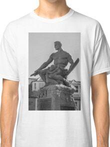 Statue Classic T-Shirt