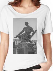 Statue Women's Relaxed Fit T-Shirt
